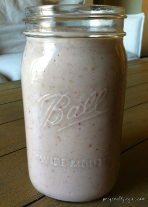 Daily Smoothie | Strawberry, Guava, Banana