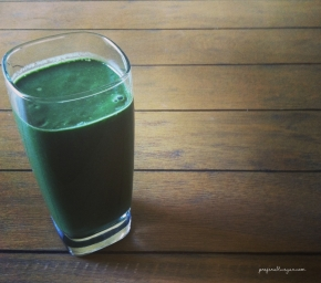 Daily Smoothie | Very Green Spirulina, Almond Butter, Banana Smoothie